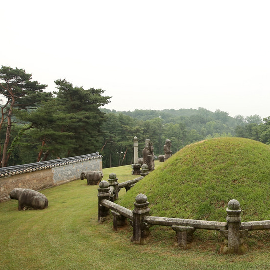 royal tombs Joseon Dynasty